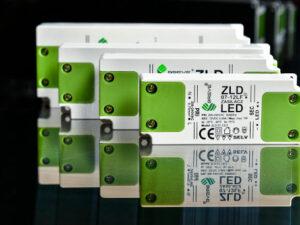 Zasilacze do żarówek LED