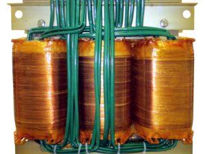 Transformatory o rozbudowanych uzwojeniach